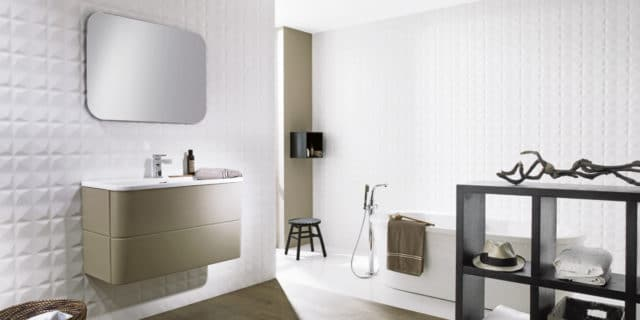 White wall tiles: a continuing favourite